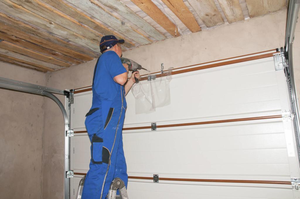 Garage Door Repair Hamilton Lowest Price Call 647 887 7477